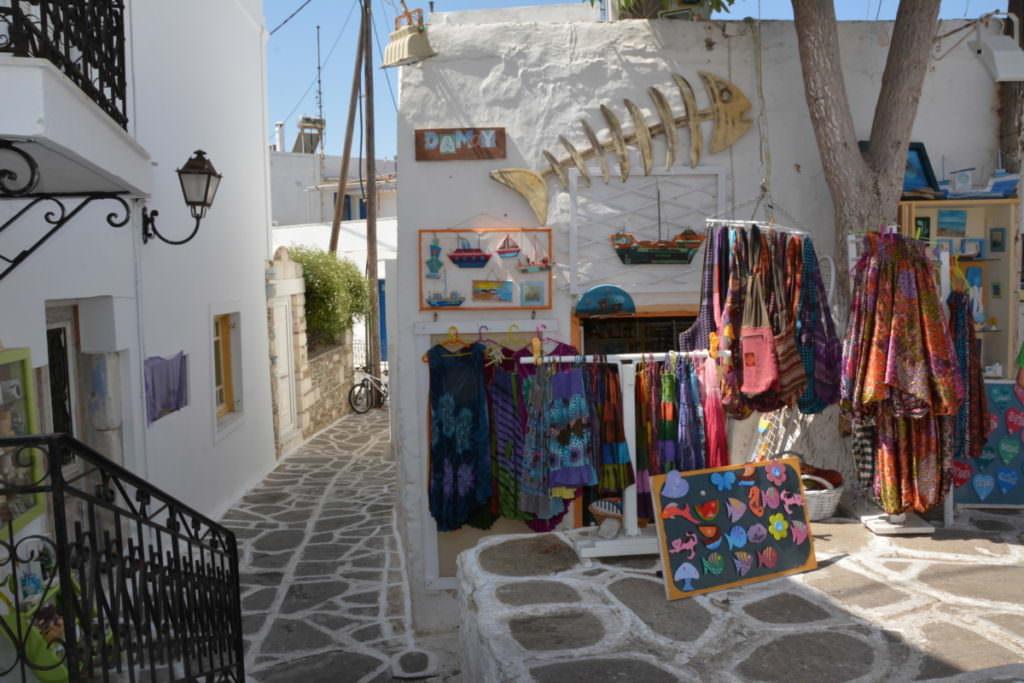 Bummel durch die Altstadt von Parikia auf Paros