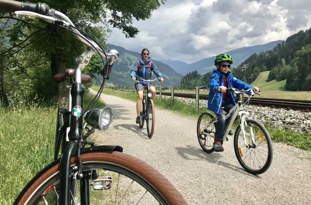 Radreisen mit Kindern - auf gut ausgebauten Wegen zu interessanten Zielen