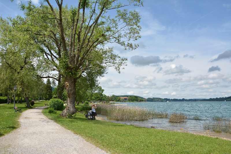 Unsere Seen Wanderung am Tegernsee geht auch mit Kinderwagen