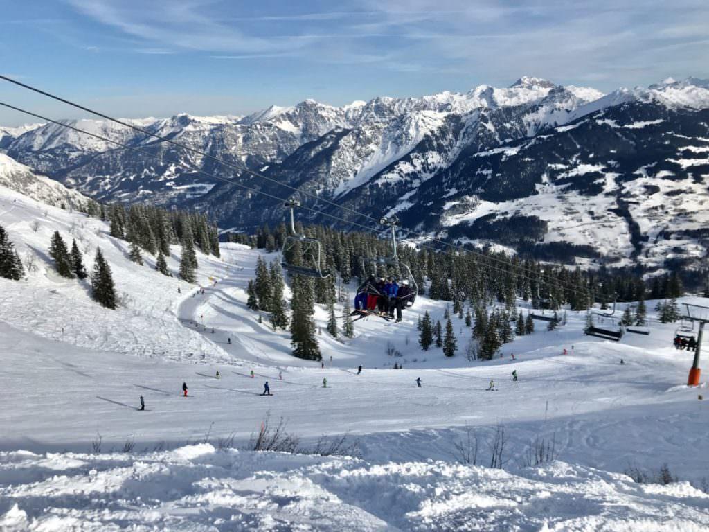 Skifahren Vorarlberg mit Kindern: Das größzügige Skigebiet am Golm