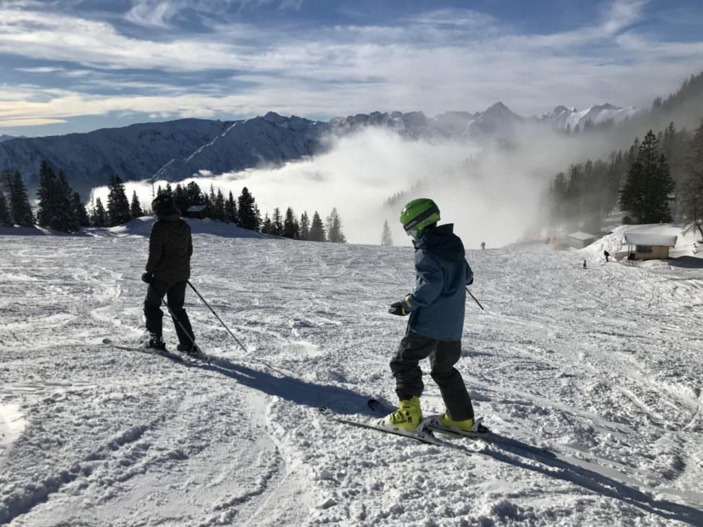 Skifahren mit Kindern in Österreich - Das Familienskigebiet Rofan in Tirol