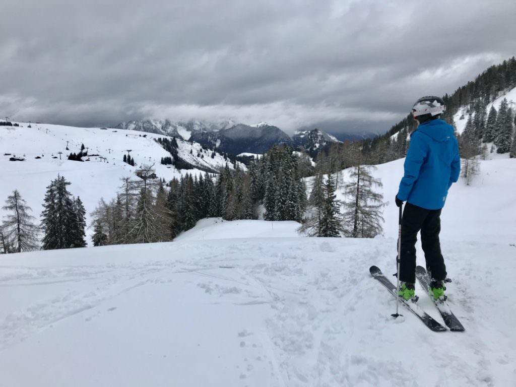 Skiurlaub mit Kindern Salzburger Land: Bei Neuschnee auf der Skialm Lofer