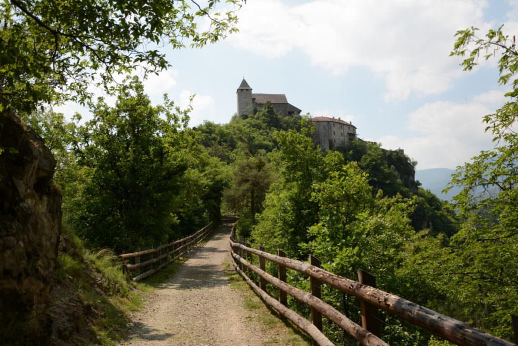 Ab Pardell zum Kloster Säben mit Kinderwagen