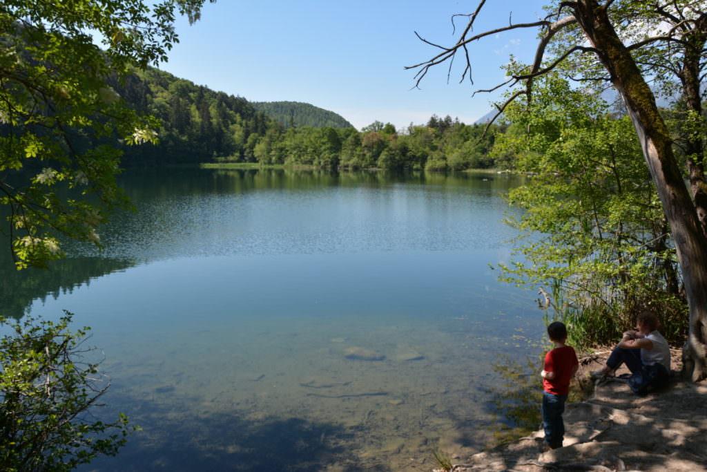 Montiggler See mit Kindern in Südtirol