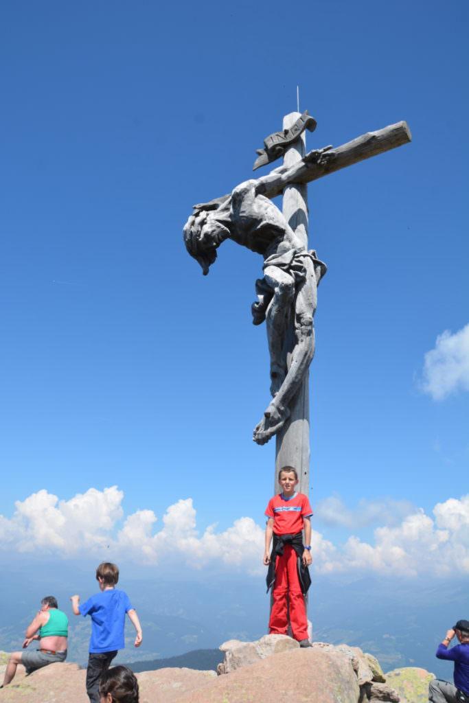 Ein besonderes Gipfelkreuz in Südtirol