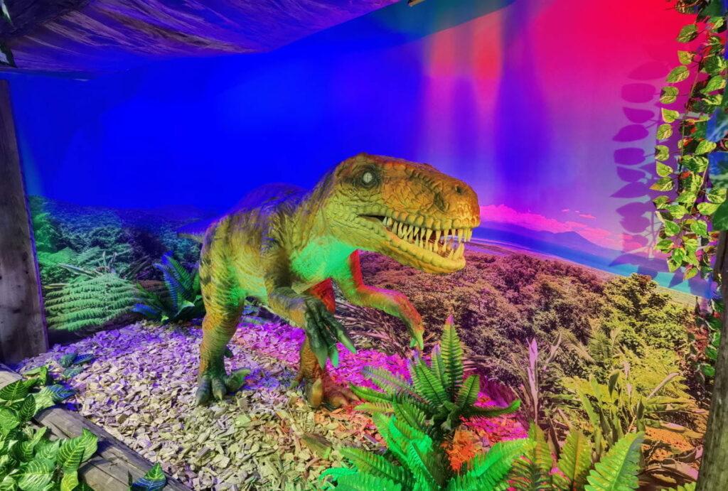 Viele Dinos zu sehen - im Dinoland Tirol