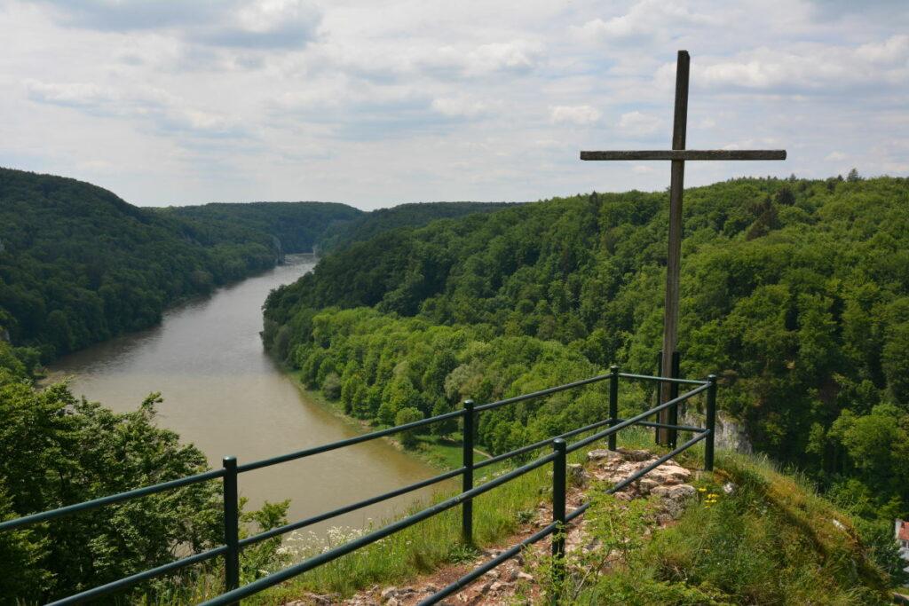 Lohnender Abstecher vom Donaudurchbruch Radweg - der Aussichtspunkt Wieser Kreuz