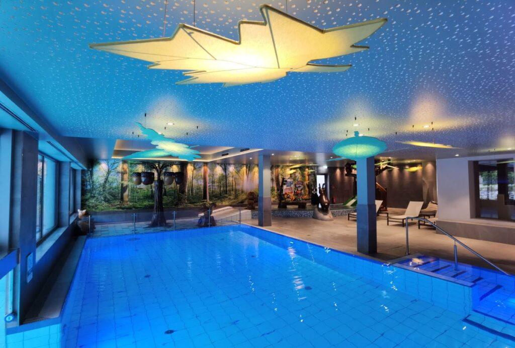 Indoor Pools für Groß und Klein im Familienhotel Bayrischzell