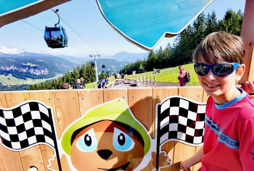 Nicht verpassen im Familienurlaub Kleinwalsertal: Ausflug zur Kugelbahn am Söllereck