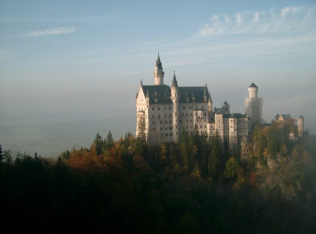 Familienhotel in den Bergen - im JUFA übernachten und Neuschwanstein besuchen