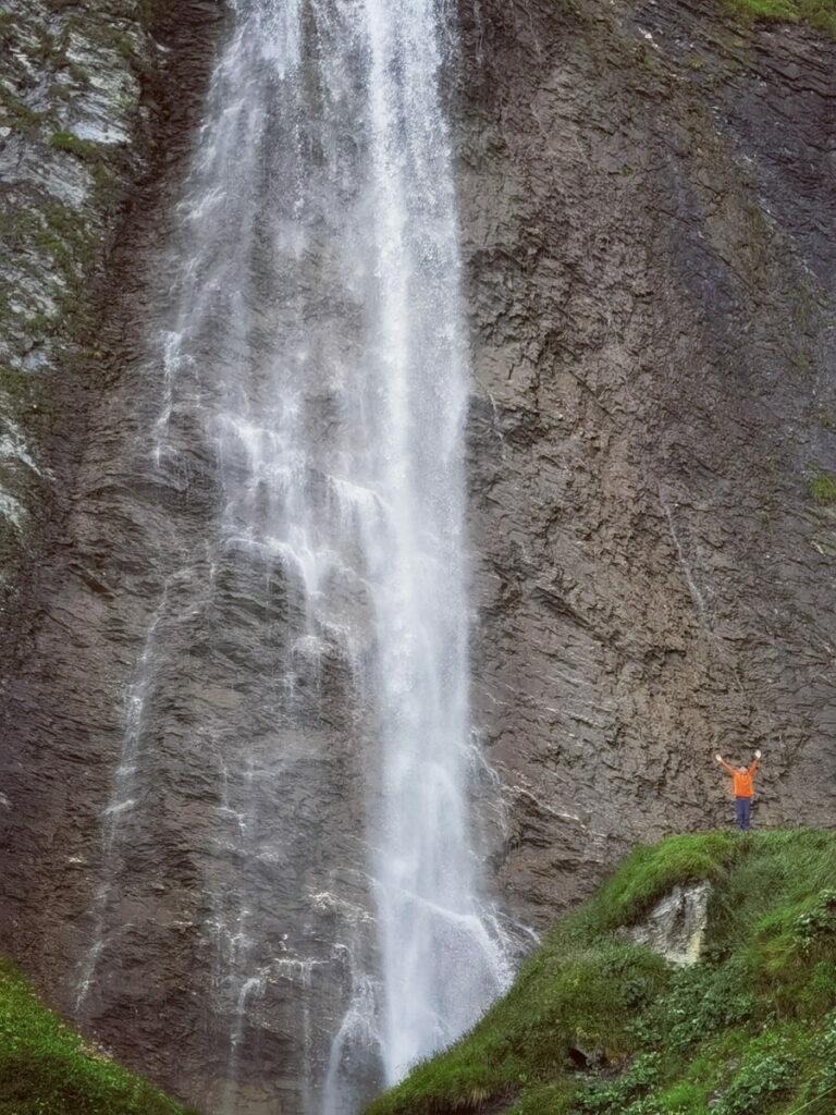 Familienurlaub Tirol - mit einem Feeling wie in Norwegen bei diesem riesigen Wasserfall