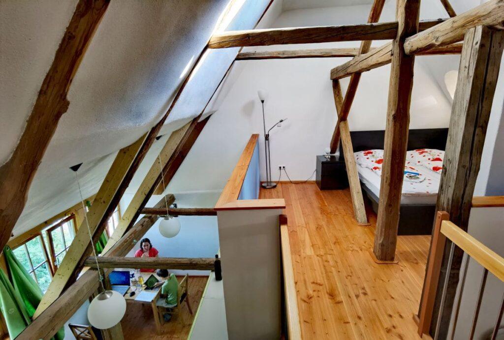 Urige Ferienwohnung Oberlausitz - unter dem Dach im Grünsteinhof