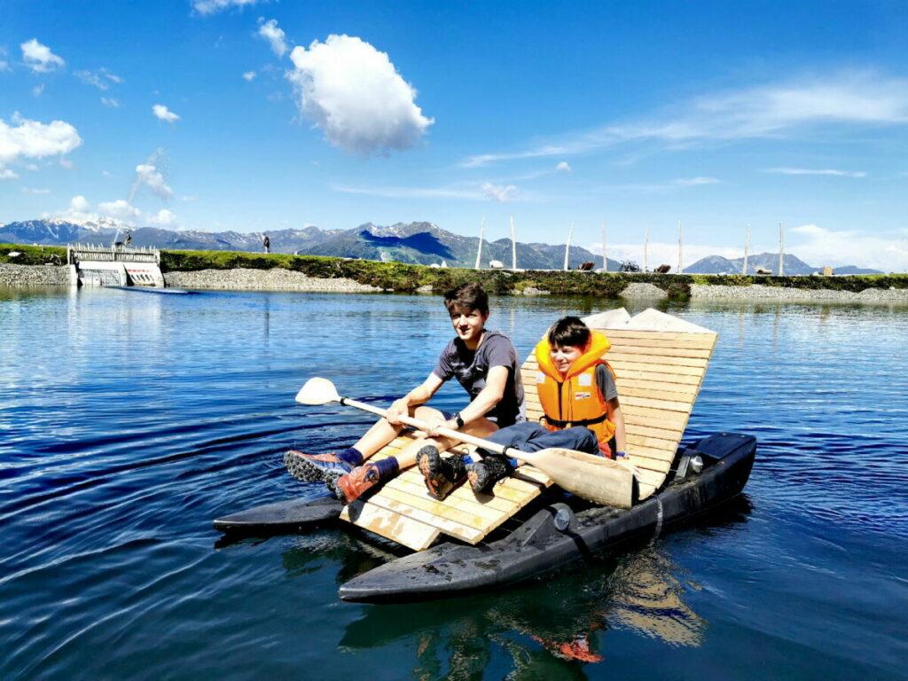 Mit Ruderboot oder Liegestuhl auf dem Fichtensee paddeln!