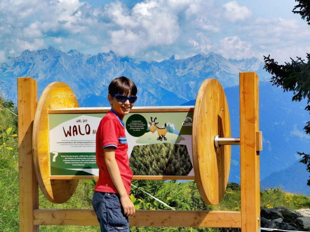 Golm mit Kindern - vor dem Waldrutschenpark auf Golmi´s Forscherpfad wandern