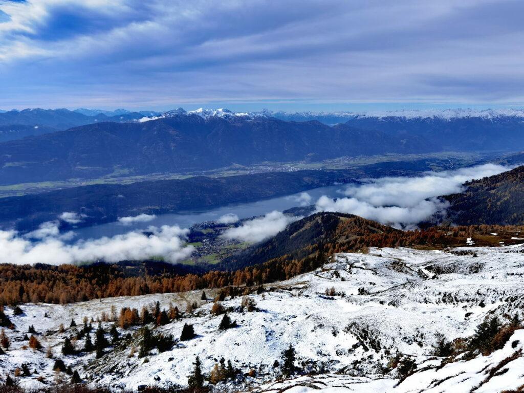 So ist der Ausblick am Granattor mit dem Schnee - zu den Karawanken und Richtung Hohe Tauern