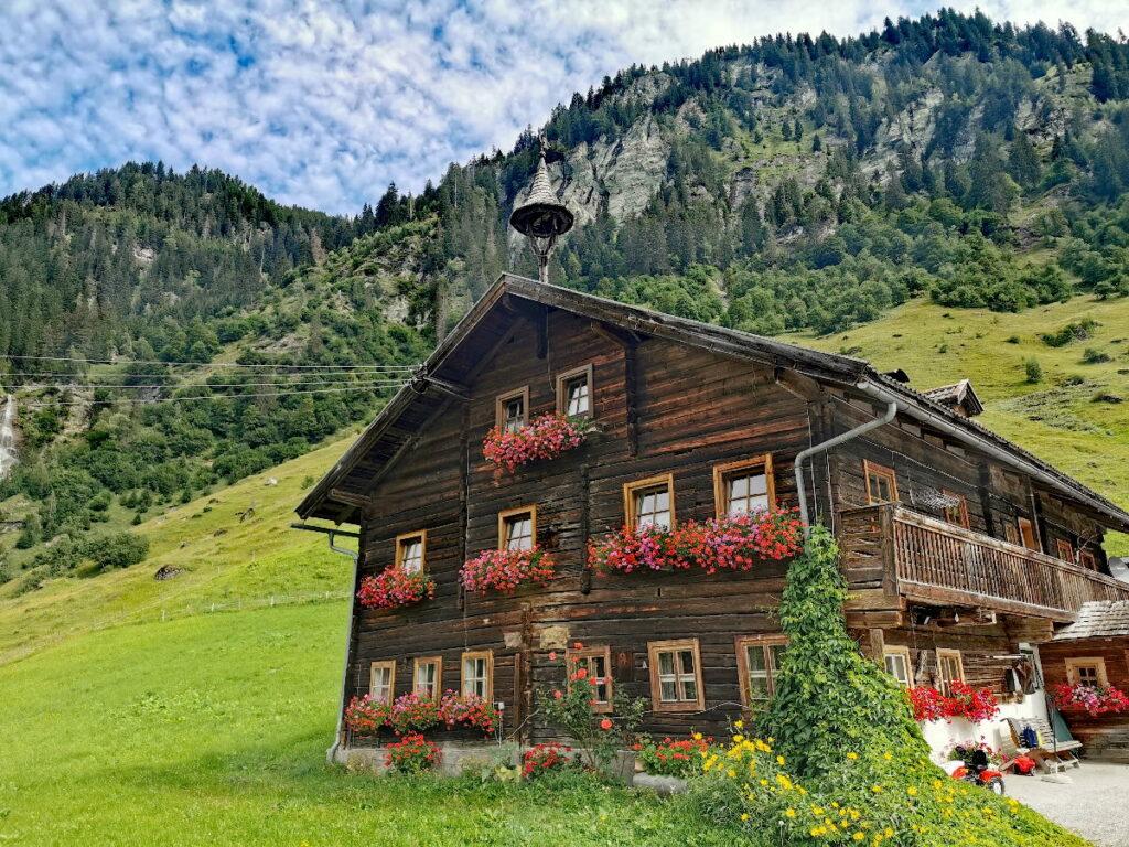 Schön anzuschauen: Die alten Bauernhäuser