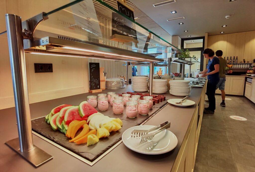JUFA Laterns Frühstück mit vielen guten Sachen - und regionalen Produkten