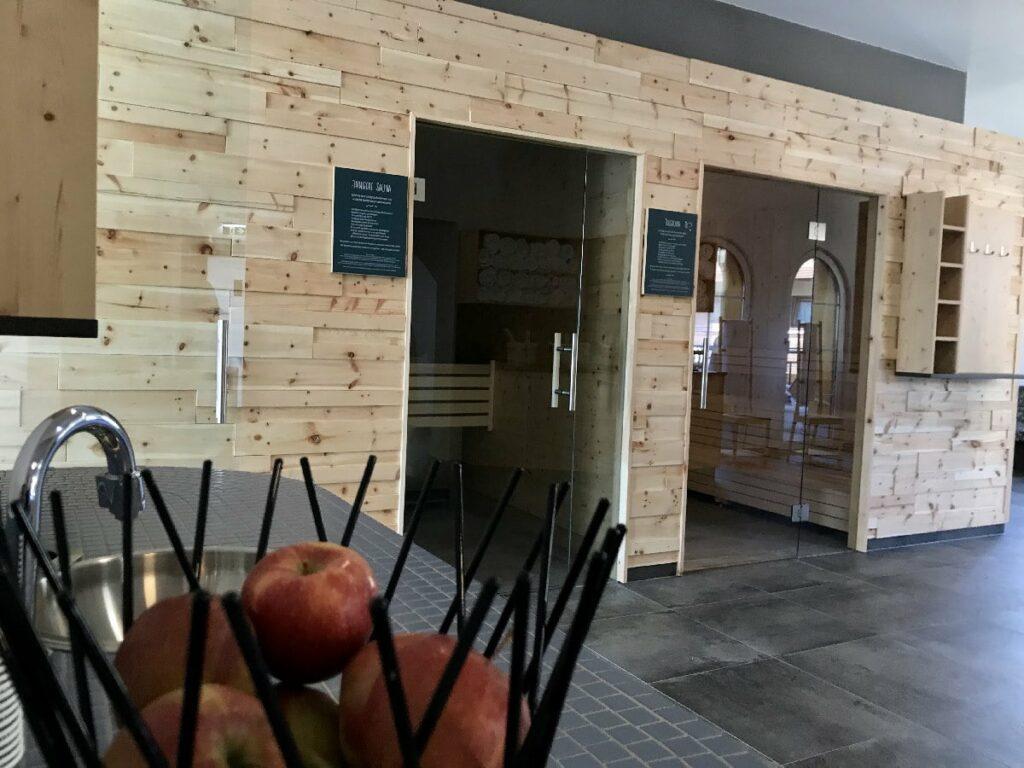 Groß und modern - die neue Sauna im JUFA Saalbach