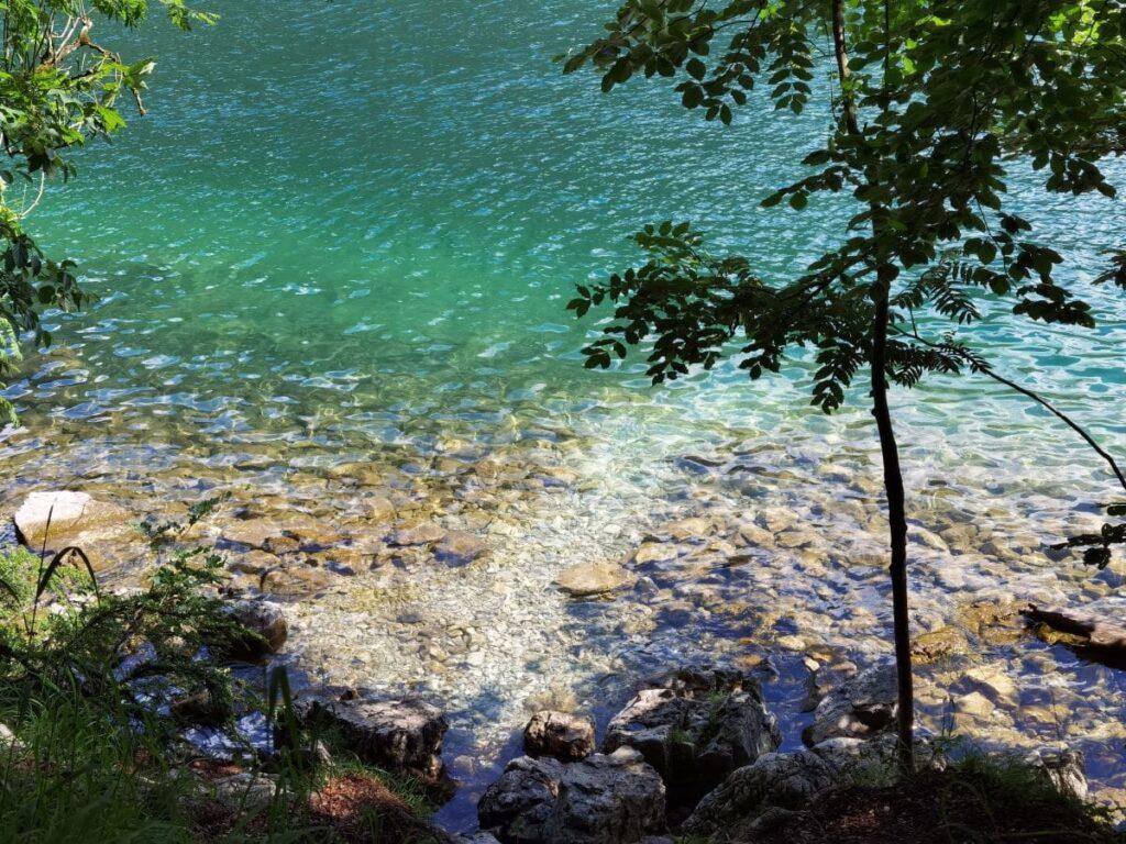 Königssee Malerwinkel genießen mit dem Blik auf den türkisgrünen See