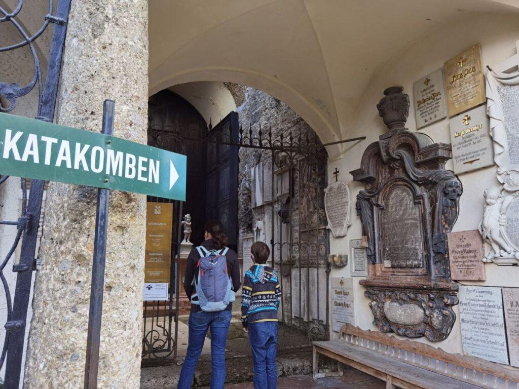 Unser Besuch in den Katakomben Salzburg - die eigentlich gar keine Katakomben sind...