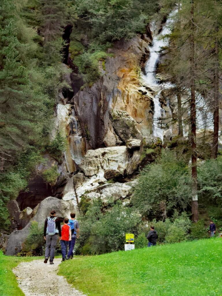 Erster Tag im Familienurlaub Tux - unser Besuch bei den Tuxer Wasserfällen
