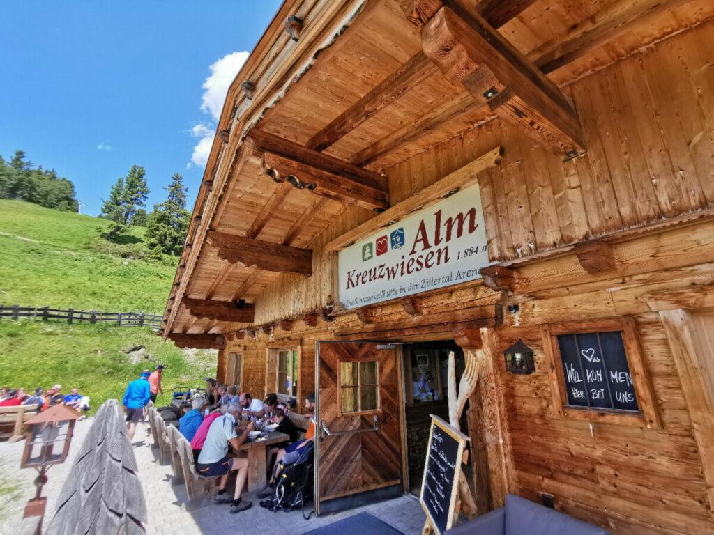 Die Kreuzwiesenalm - Ziel unserer Kinderwagen Wanderung im Zillertal