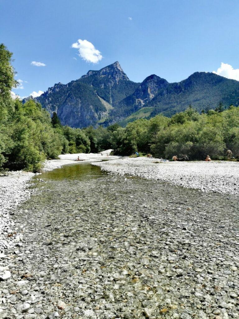 Zufluß in den Leopoldsteinersee - das kalte Bergwasser aus dem Hochschwab-Gebirge