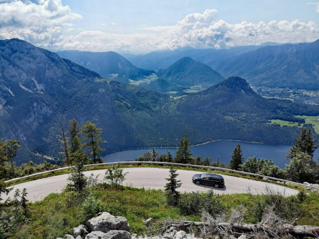 Aussichtsreich auf der Loser Panoramastraße - mit Blick auf den Altausseer See