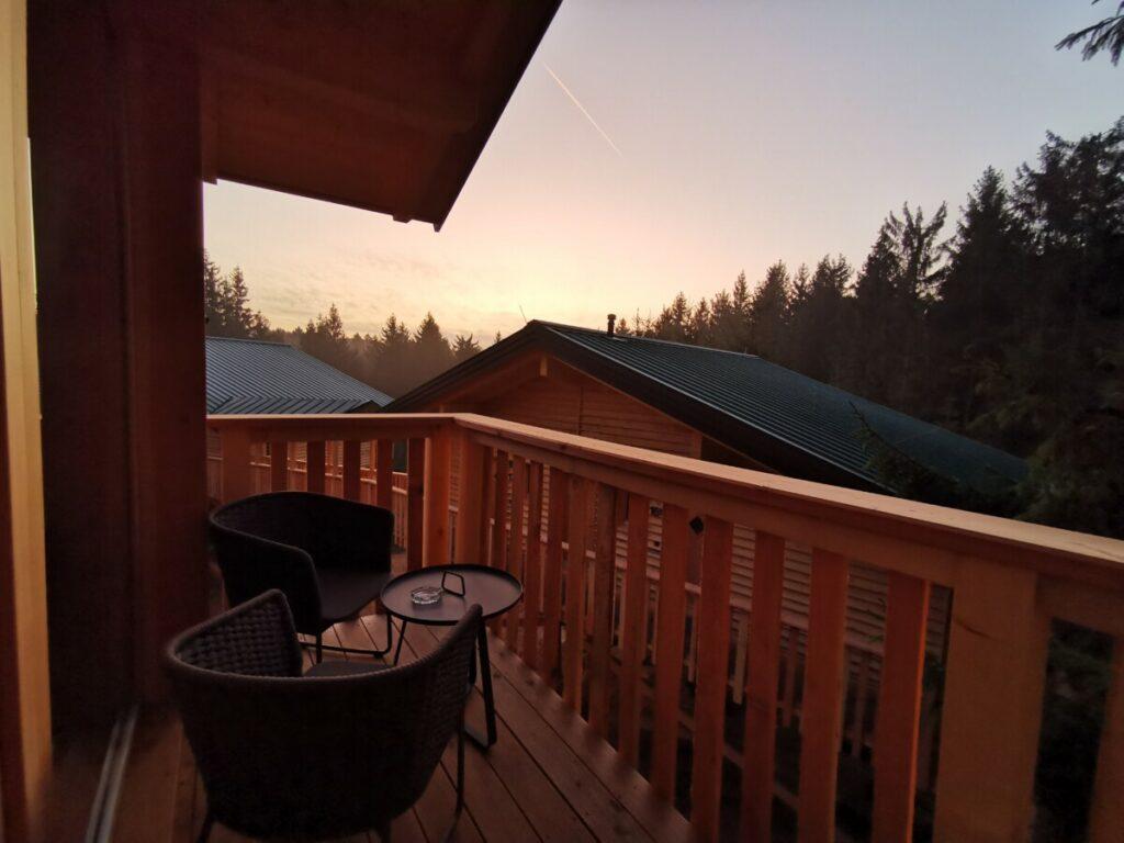 Luxusfamilienhotel in den Bäumen - erleb dort auch mal so einen Sonnenaufgang!