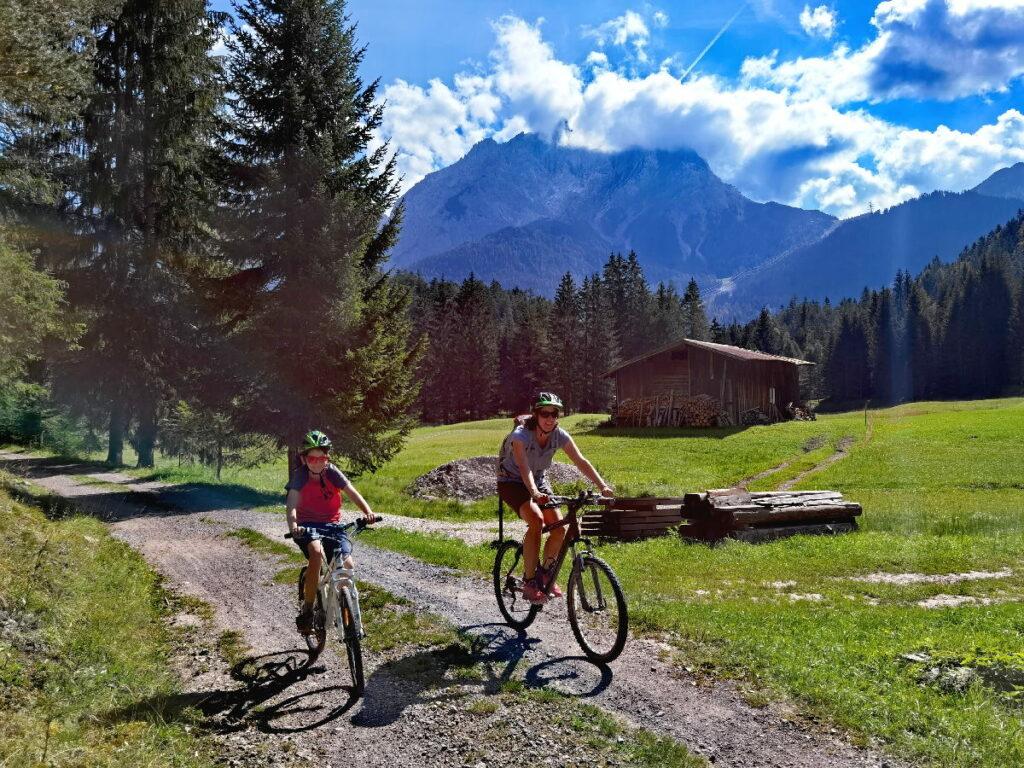 Mit dem Mountainbike zum Blindsee radfahren
