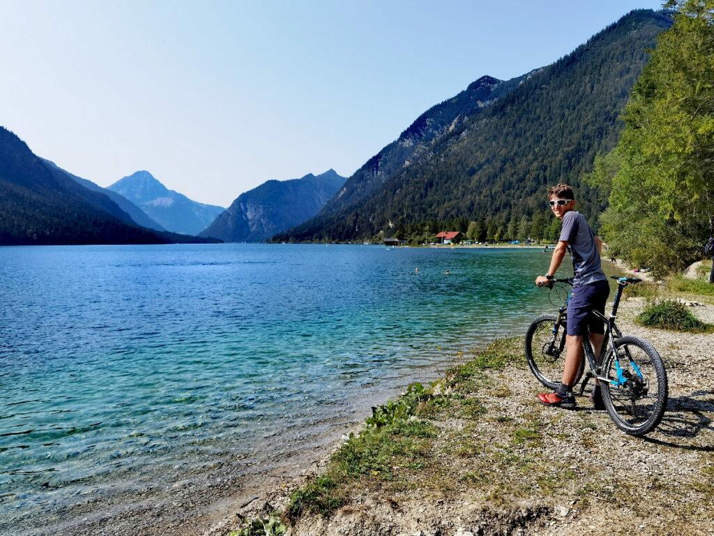 Mountainbiken mit Kindern: Entdecke die 5 schönen Seen rund um das Zugspitz Resort!