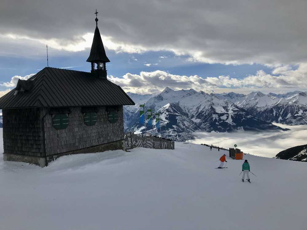 Osterurlaub mit Kindern - skifahren auf der Schmittenhöhe