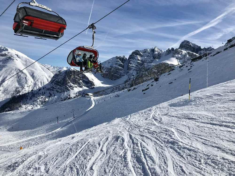 Osterurlaub mit Kindern - Skifahren in der Axamer Lizum in Tirol