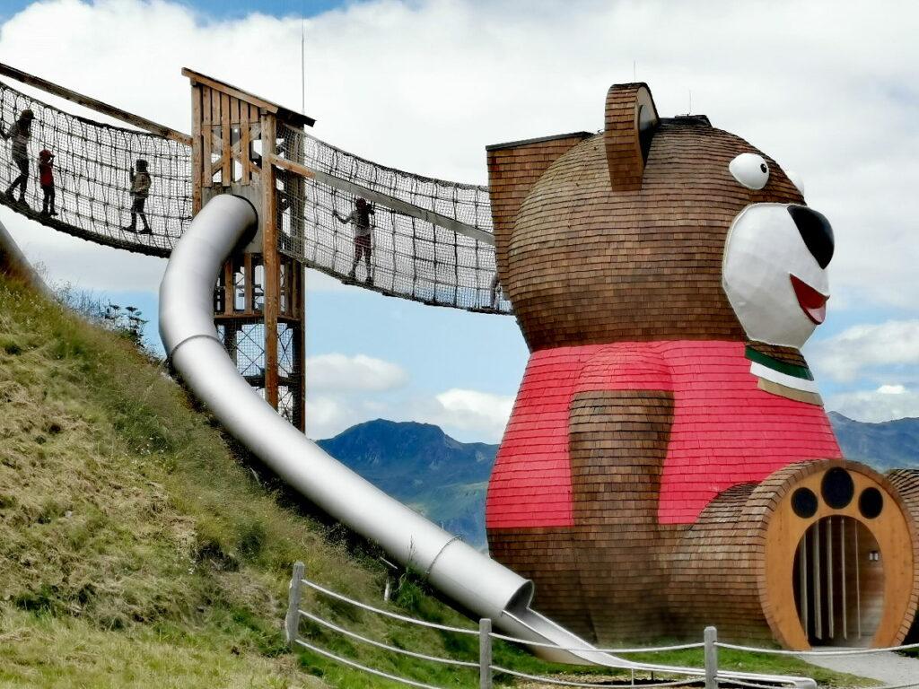 Pepis Kinderland - der größte Bär im Zillertal