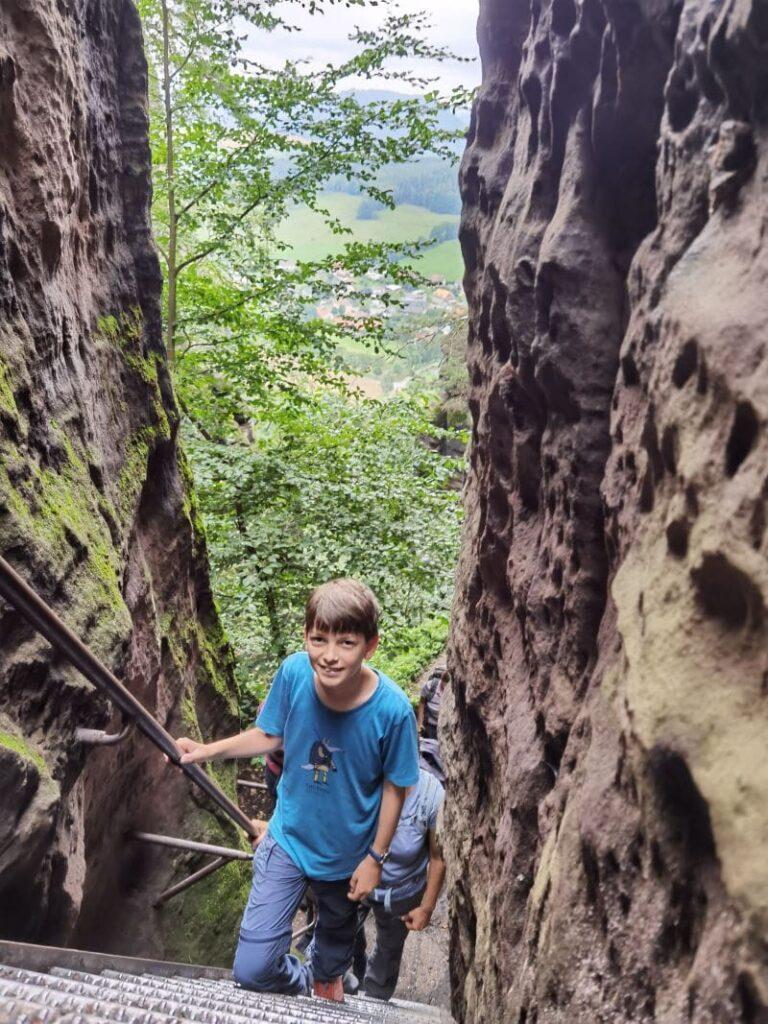 Sächsische Schweiz mit Kindern - durch das Nadelöhr auf den Pfaffenstein