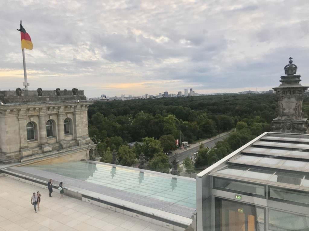 Reichstag Führung Berlin - das ist die Aussicht aus der Reichstagskuppel