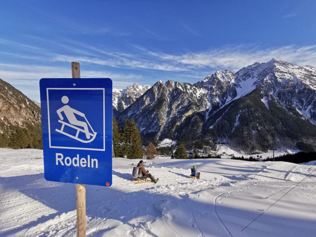 Rodeln Österreich - das sind unsere schönsten Rodelbahnen mit Kindern