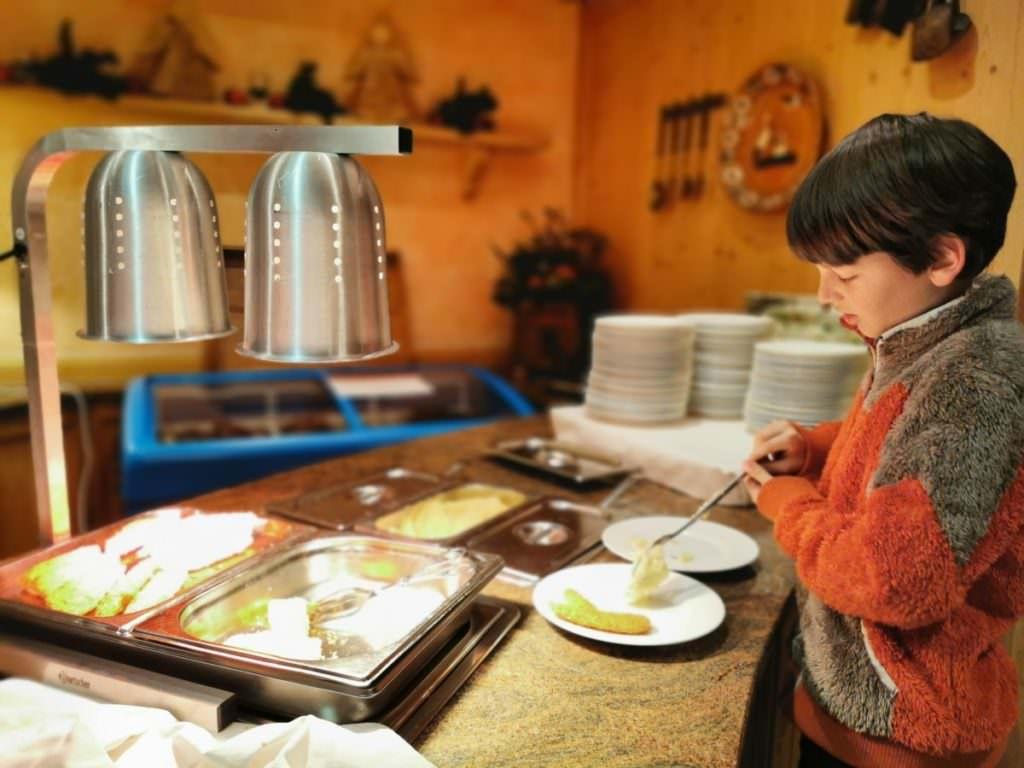 Rosenhof Kleinwalsertal für Kinder: Kindgerechtes Essen am Kinderbuffet