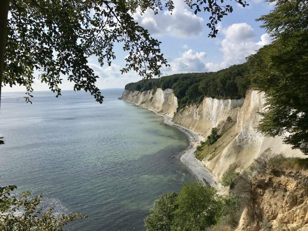 Sommerurlaub mit Kindern auf der Ostseeinsel Rügen: Ein Besuch an den Kreidefelsen darf nicht fehlen