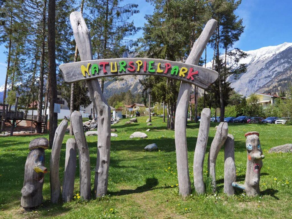 besonderer Spielplatz in Tirol - der Naturspielpark Mils