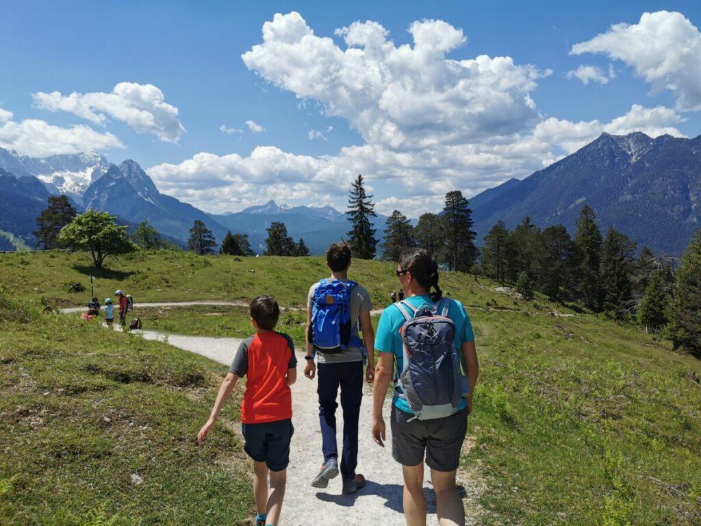 Extrem entspannt wandern mit Kindern - und Einkehr bei einer sehr guten Hütte!