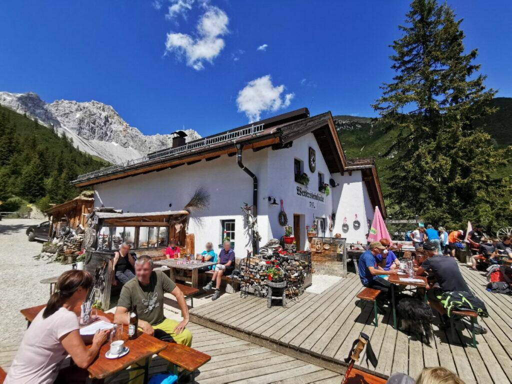 Traumhaft in Tirol wandern: Zur Wettersteinhütte in der Leutasch