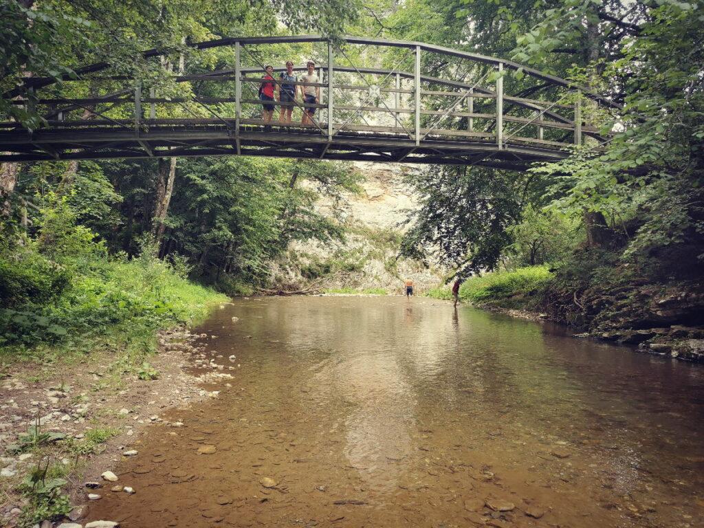 Eine der Brücken in der Raabklamm