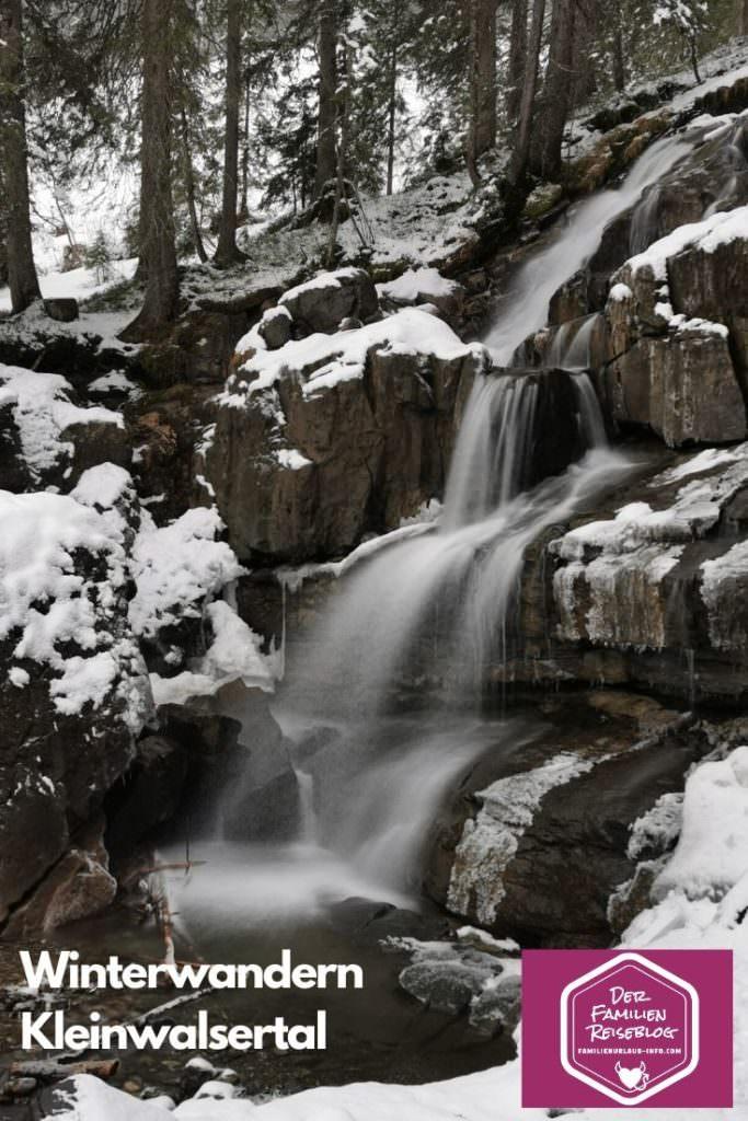 Winterwanderung Kleinwalsertal Schwarzwassertal Wasserfall