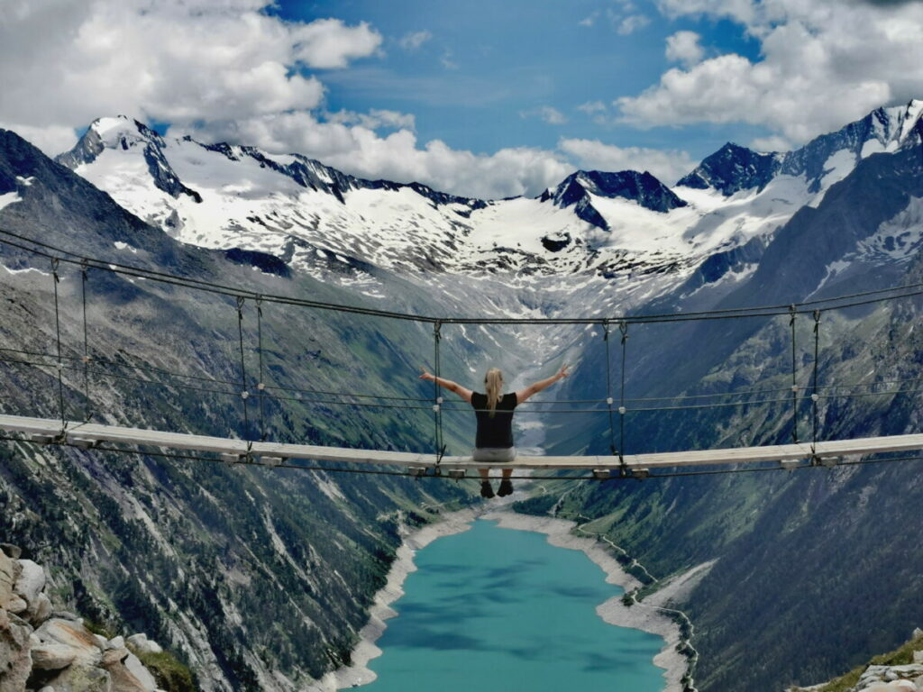 Das ist die bekannte Zillertal Brücke am Schlegeisspeicher
